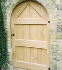Square thumb bespoke oak gate