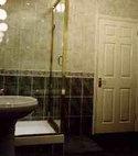 Square thumb bathroom1