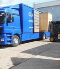 Square thumb lorry5
