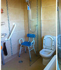 Square thumb bathroom image01