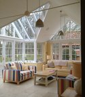 Square thumb garden room with light airy space