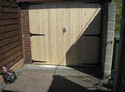 Primary thumb garage door 3