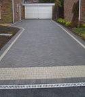 Square thumb block paving pyford