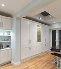 Square thumb painted shaker kitchen london  3 of 13