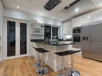 Primary thumb painted shaker kitchen london  2 of 13