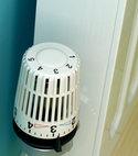 Square thumb trv thermostatic rad valve energy saving