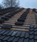 Square thumb part tiled roof 300x221