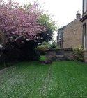 Square thumb edinburgh lawn02 400 300 75 s c1