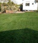 Square thumb lawn 4 800 600 75 s