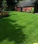 Square thumb lawn 3 600 800 75 s