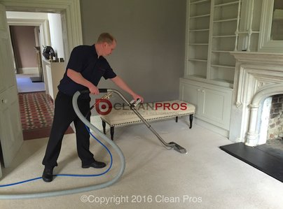 Primary thumb man carpet cleaning.1