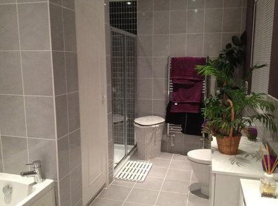 Primary thumb bathroom007