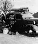 Square thumb a tiffin 1950 s ford pop van