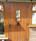 Square thumb solidor door oak in hernebay