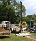 Square thumb drilling rig