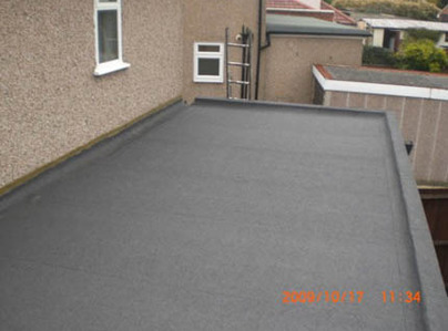 Primary thumb flat roof