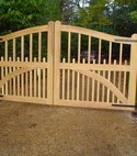 Square thumb hardwood spoked gates