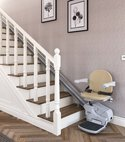Square thumb stairlift image 10