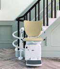 Square thumb stairlift image 3