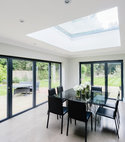 Square thumb flat rooflights