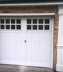 Square thumb garagedoors