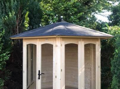 Primary thumb summerhouse