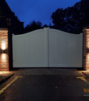 Square thumb accoya swing gate 2