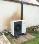 Square thumb vaillant arotherm air source heat pump 2