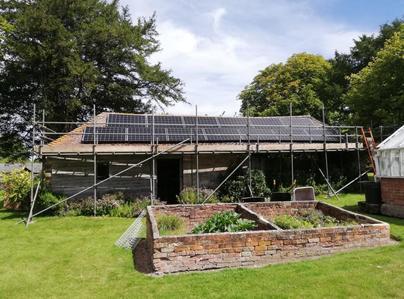 Primary thumb solar pv panels wiltshire