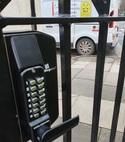 Square thumb code lock montpellier