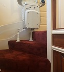 Square thumb left hand curved stairlift 3