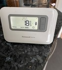 Square thumb honeywell home programmable thermostat
