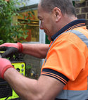 Square thumb our daren attending a blocked drain clearance job in surrey